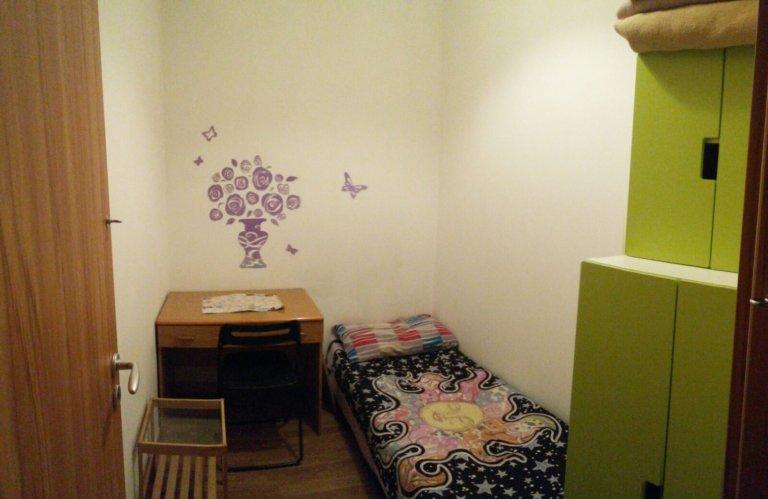 Chambre dans un appartement de 9 chambres à Aurelio, Rome
