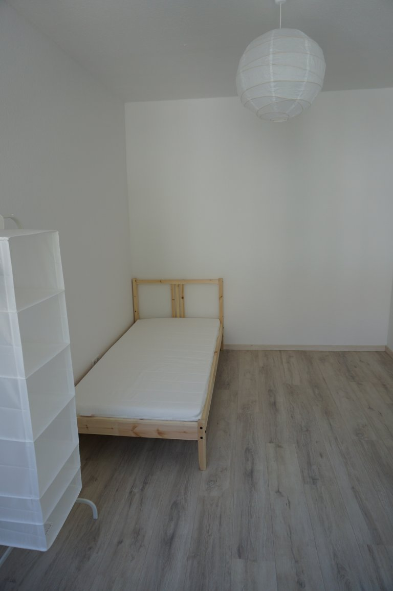 Rooms for rent in 3-bedroom apartment in Mitte, Berlin