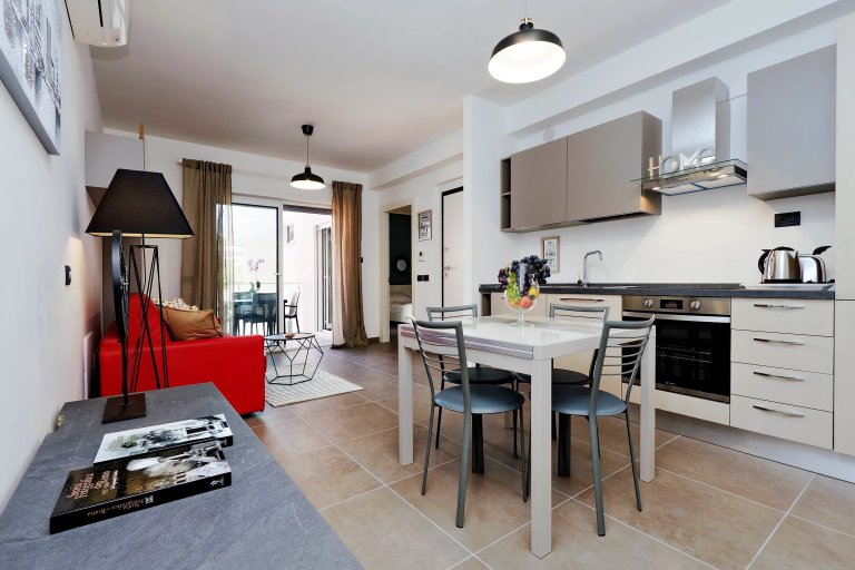 Élégant appartement 1 chambre à louer à Appio Latino, Rome