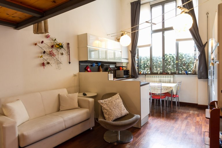 2-bedroom apartment for rent in Isola, Milan