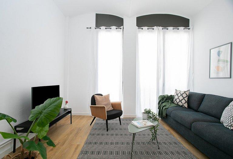 Apartamento de 3 quartos para alugar em Poble Sec, Barcelona