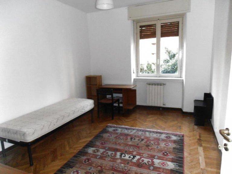 Przytulny pokój w apartamencie z 2 sypialniami w Lodi w Mediolanie