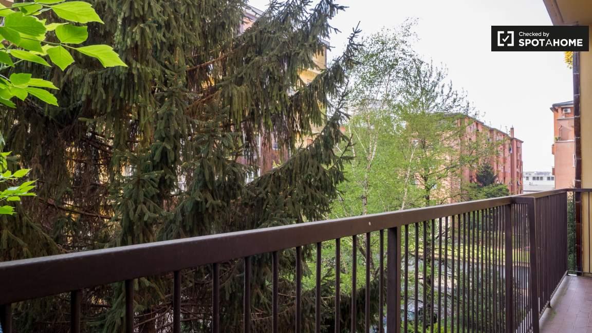 Camera 3 balcone
