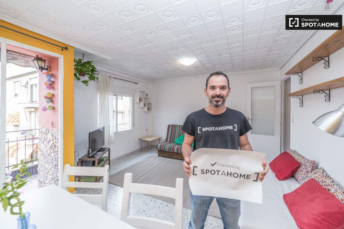 Checked by Jose Manuel from Spotahome