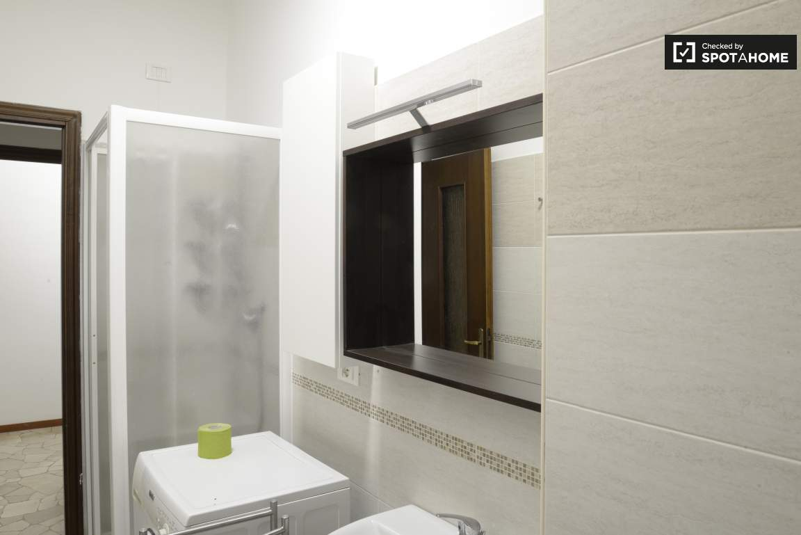 Bathroom #1 03