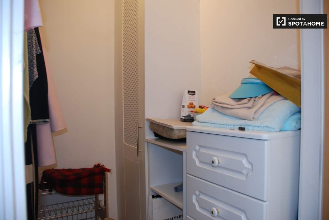Closet / Bedroom