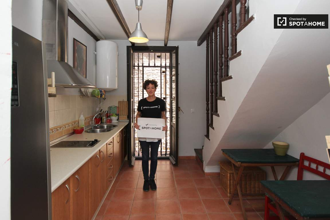 Checked by Cristina from Spotahome