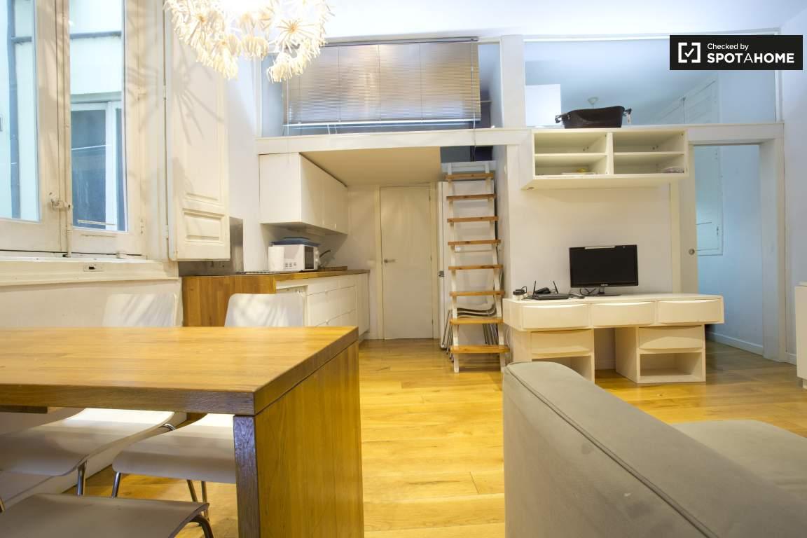 living room : kitchen