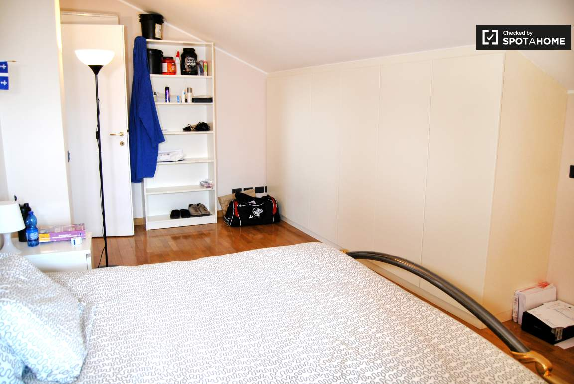 Bedroom 06