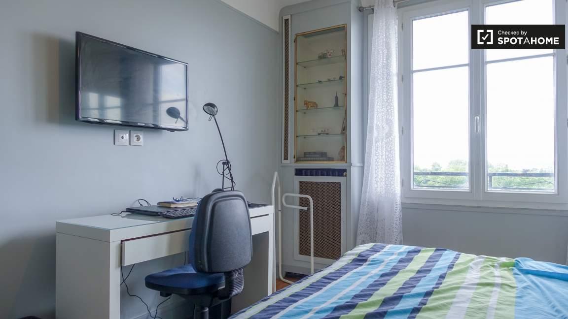 Bedroom to rent