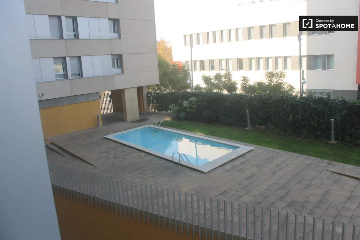 Room 3 Views