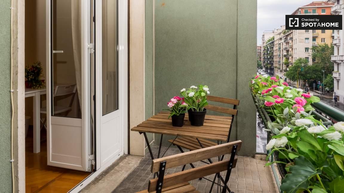 Bedroom 2 balcony