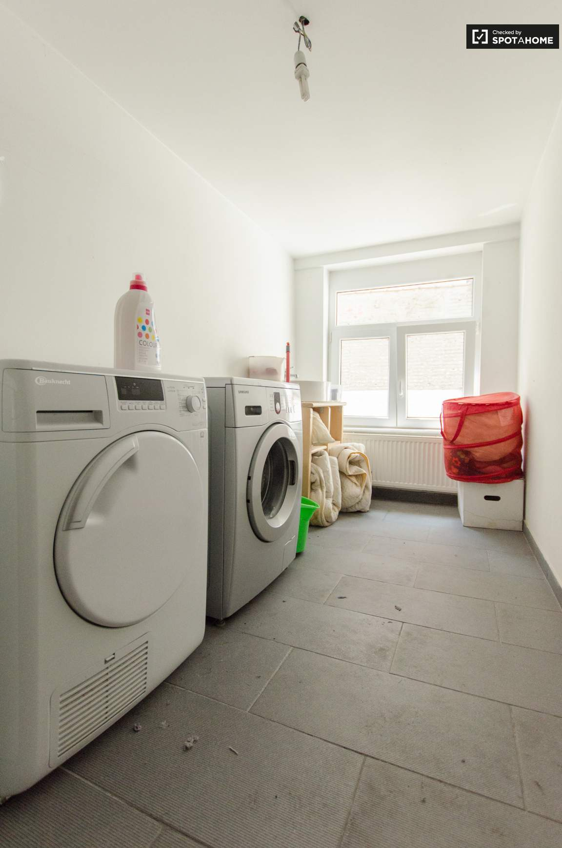 Common Laundry Room