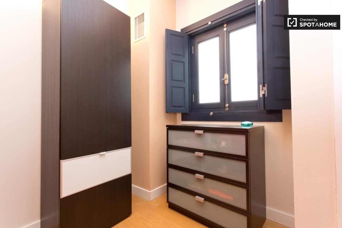 Bedroom 2 Storage