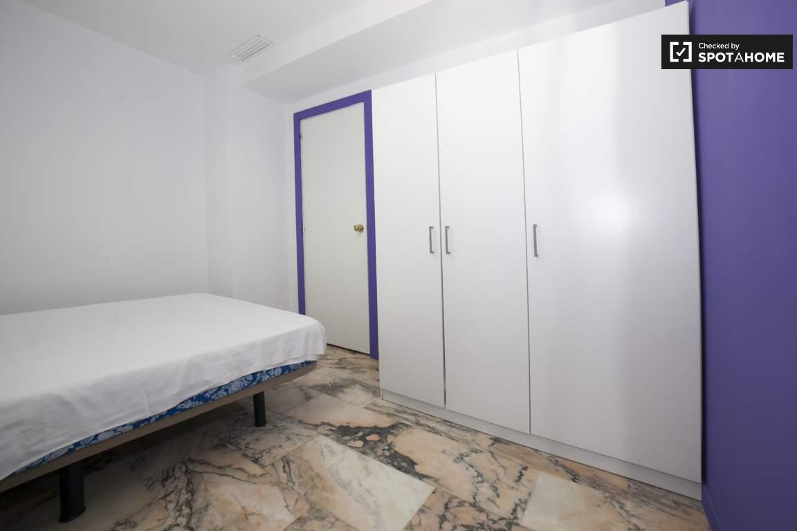 Bedroom 292