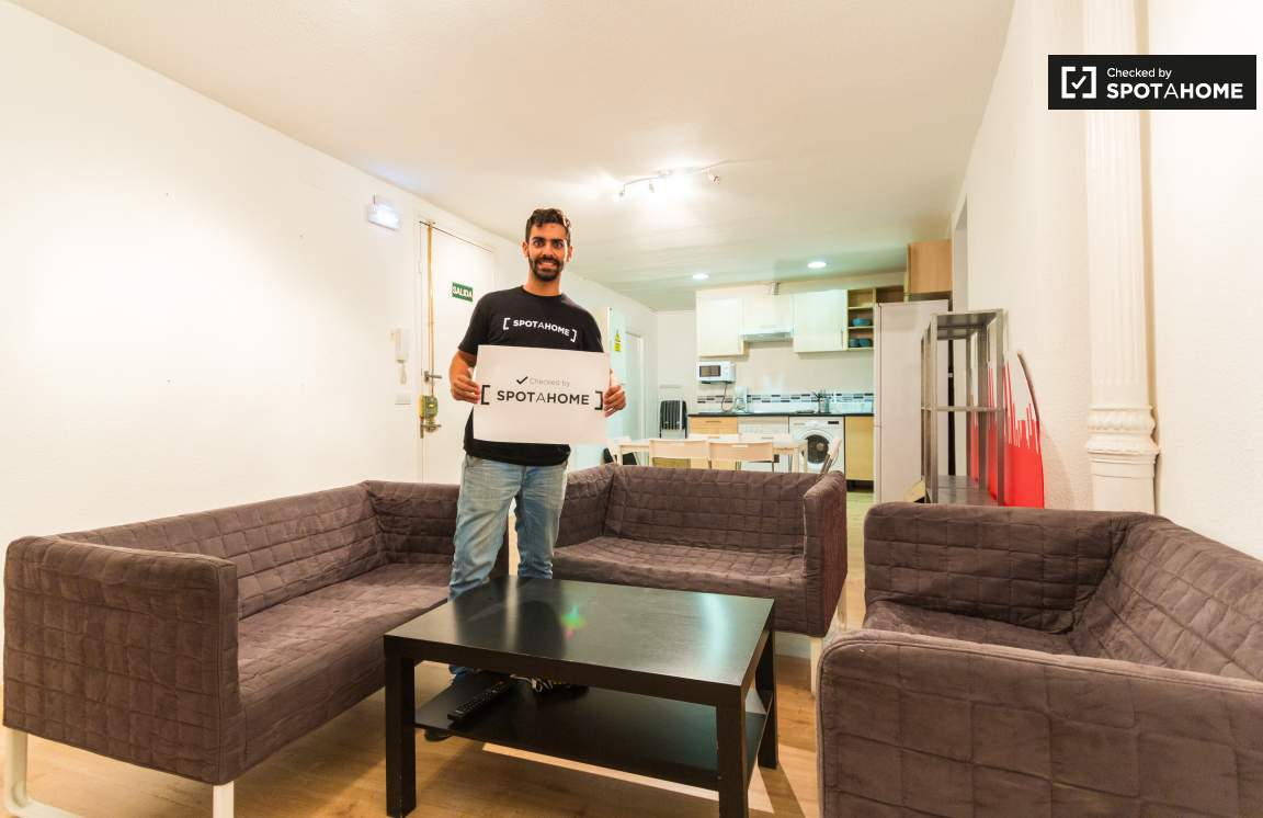 This property was checked by Alejandro from the Spotahome team!