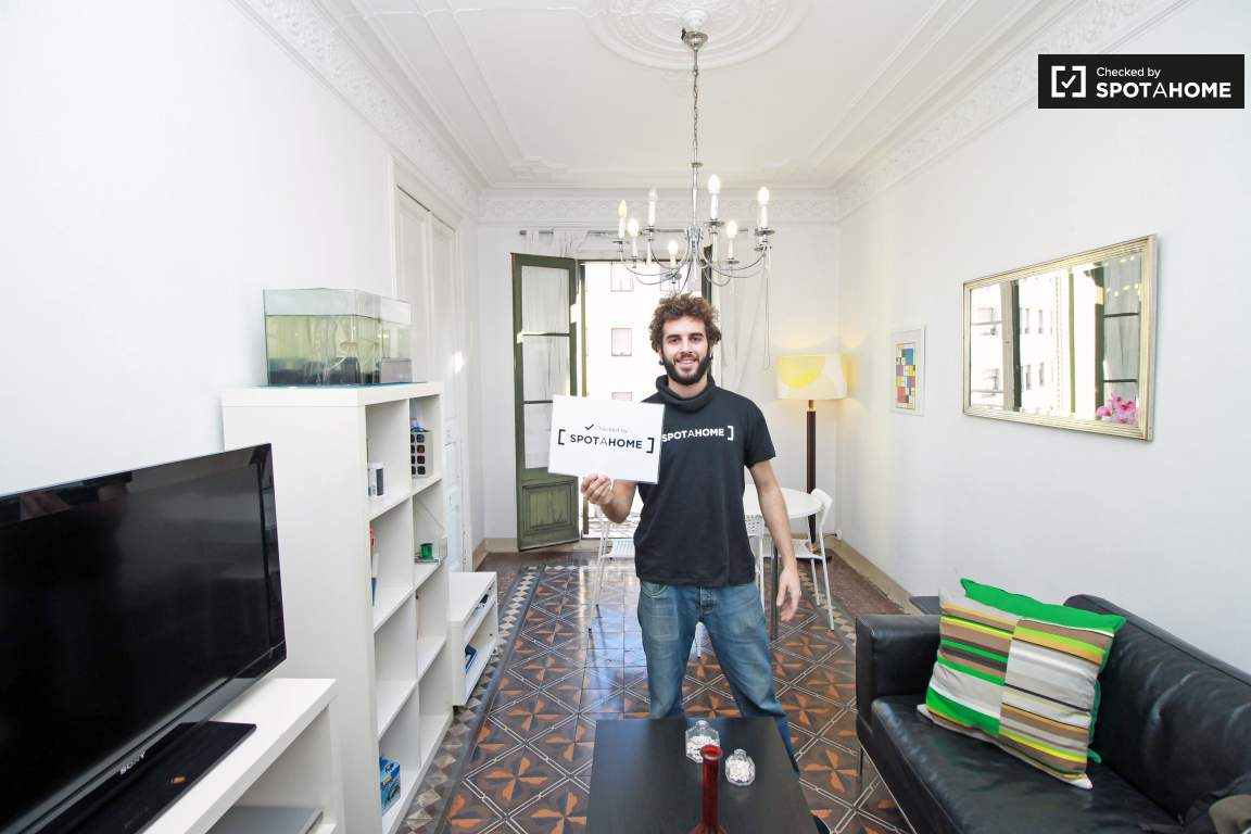 Checked by Xavier from Spotahome!
