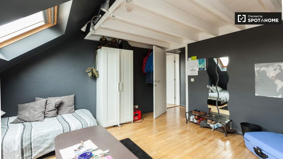 Bedroom 42