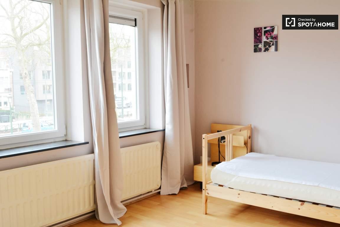 Bedroom 1 + 4