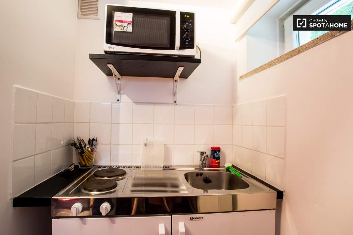 Bedroom 2 kitchen