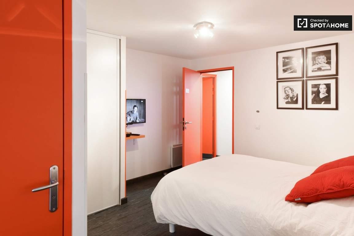 Bedroom (Croix Rousse)