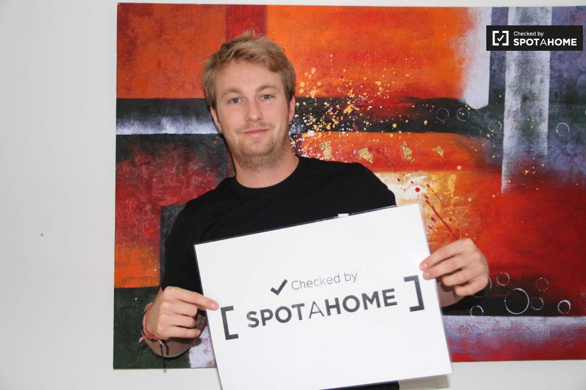 Checked by Spotahome!