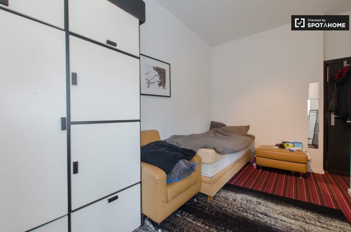 Bedroom Type B