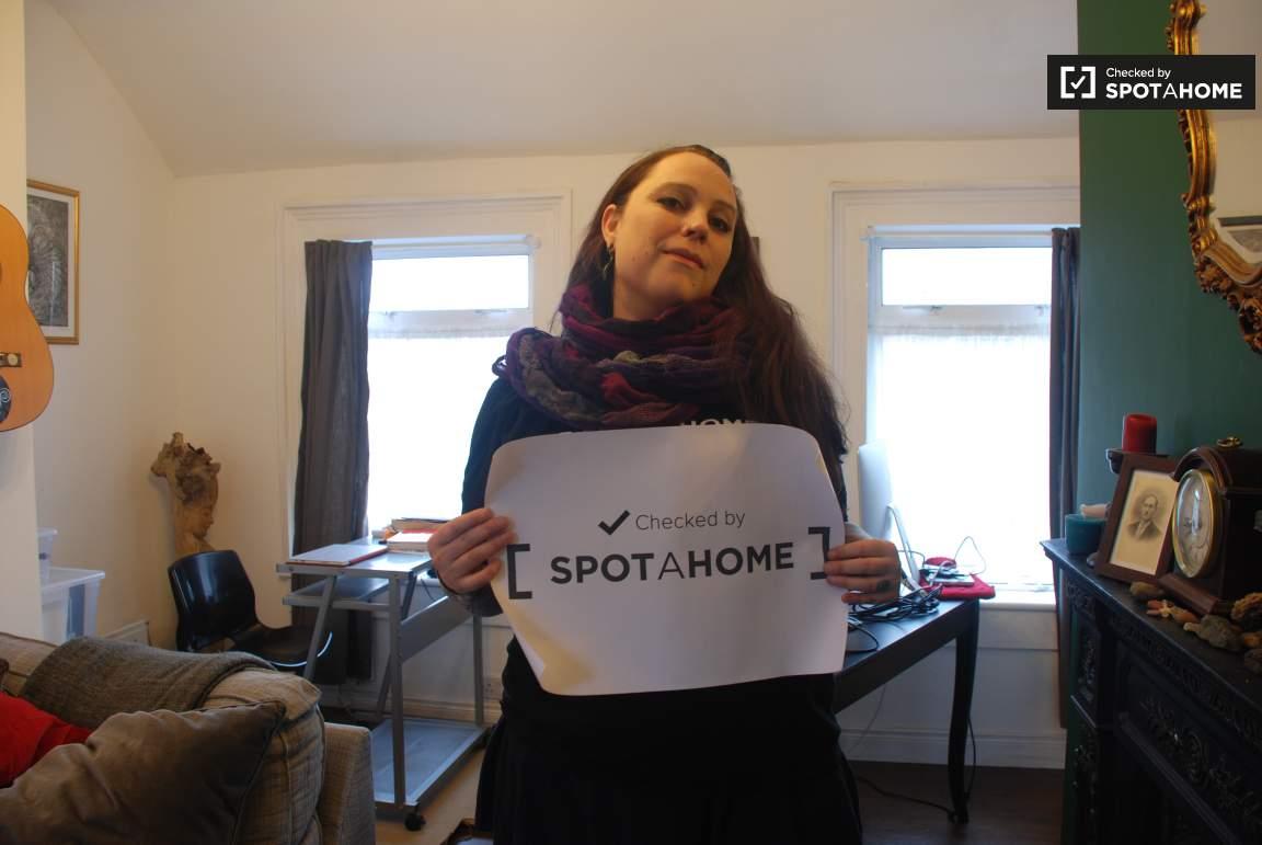 Checked by Verónica Anastasia from Spotahome