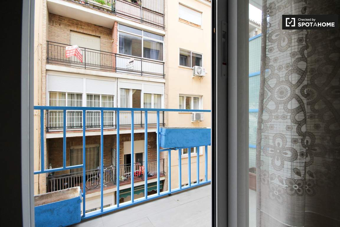 Balcony bedroom 4