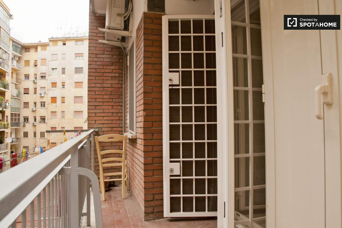 Balcony (room 2)
