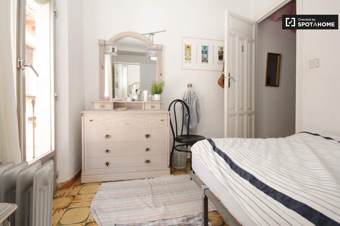 Bedroom 3 (3rd floor)