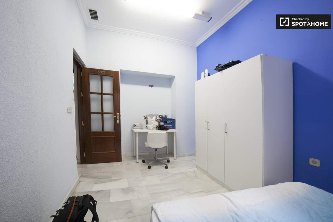 Bedroom 6 (375)