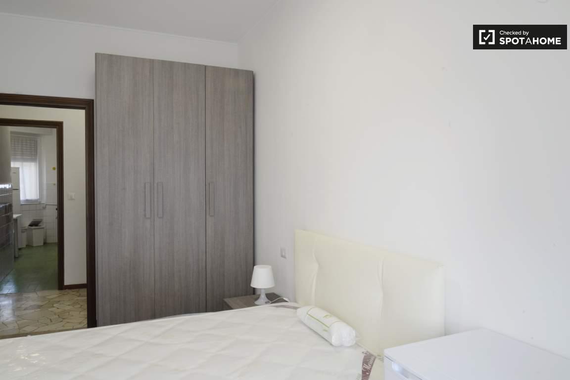 Bedroom #4 02