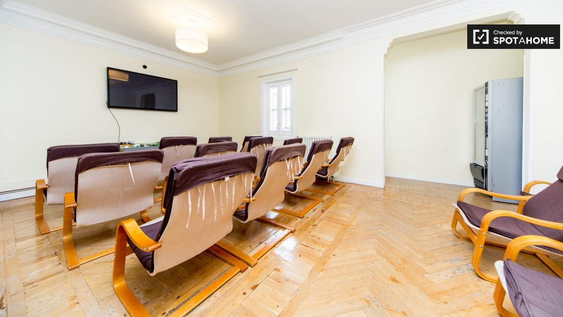 Common area with home cinema