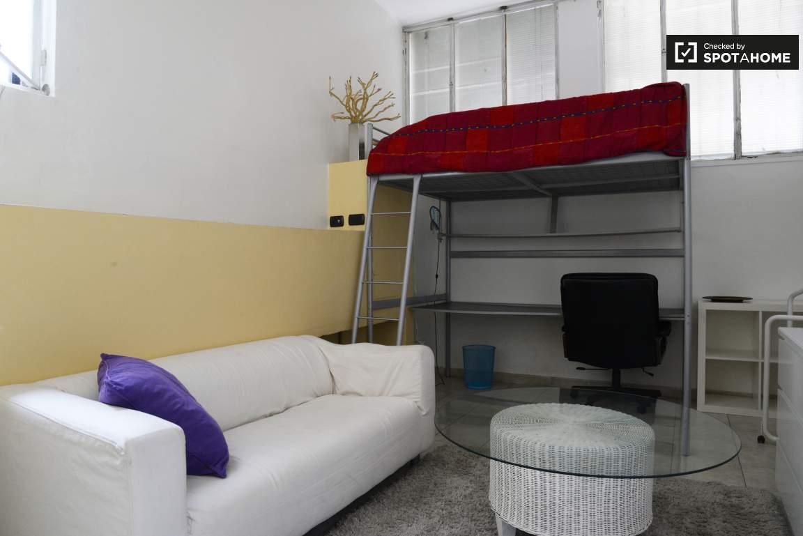 Camera da letto # 1