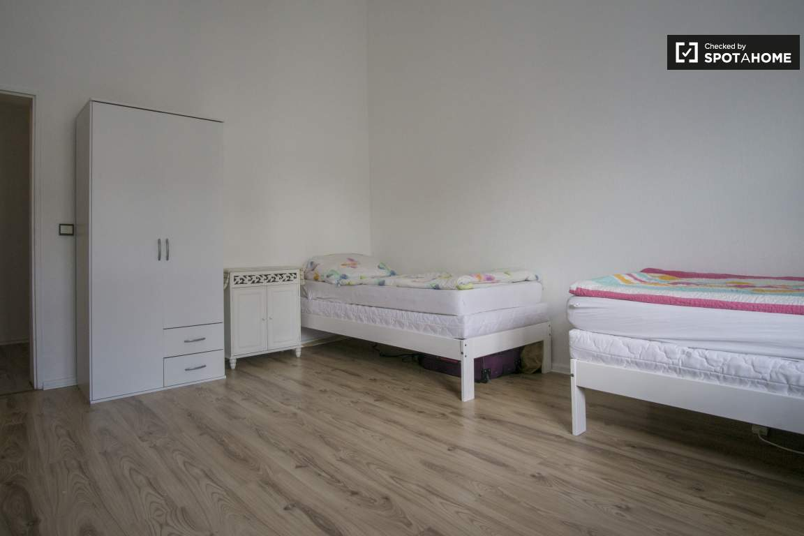 Bedroom 2 - Bed 3