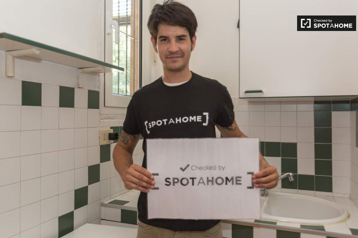 Checked by Nicolas from Spotahome