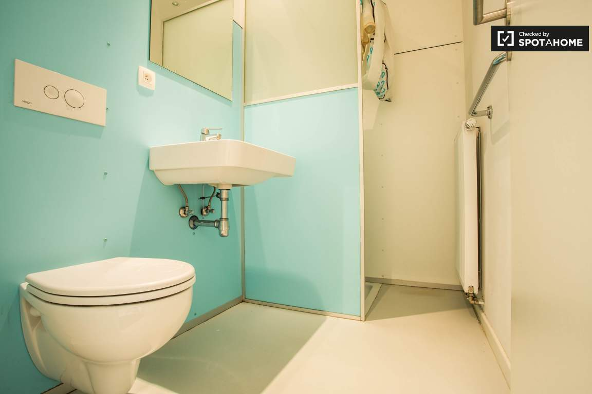 Bathroom of Bedroom 5