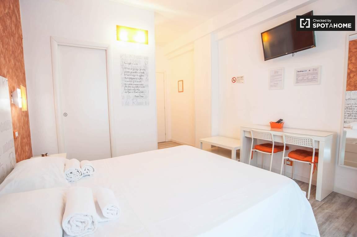 Bedroom3-4