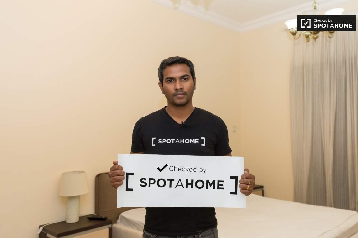 Checked by Spotahome!