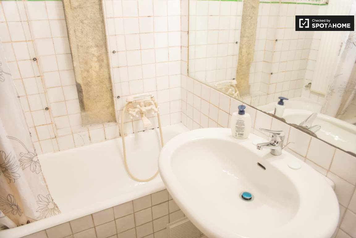 Bathroom of bedroom 3