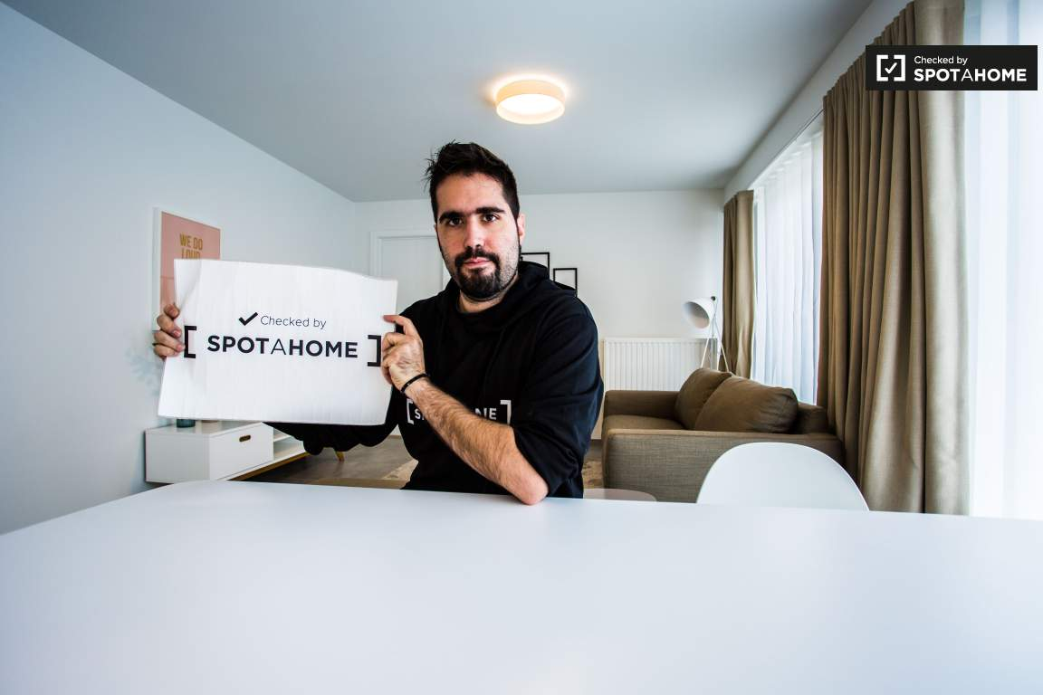 Checked by Nicolaos from Spotahome