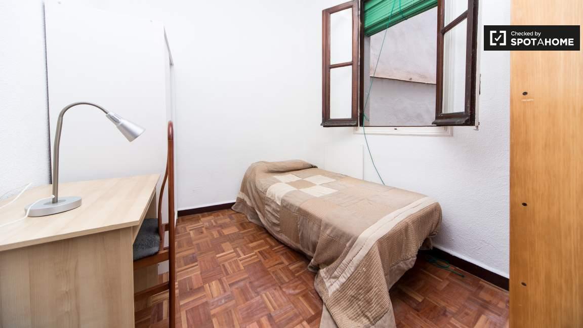 Bedroom type 4 - single bed