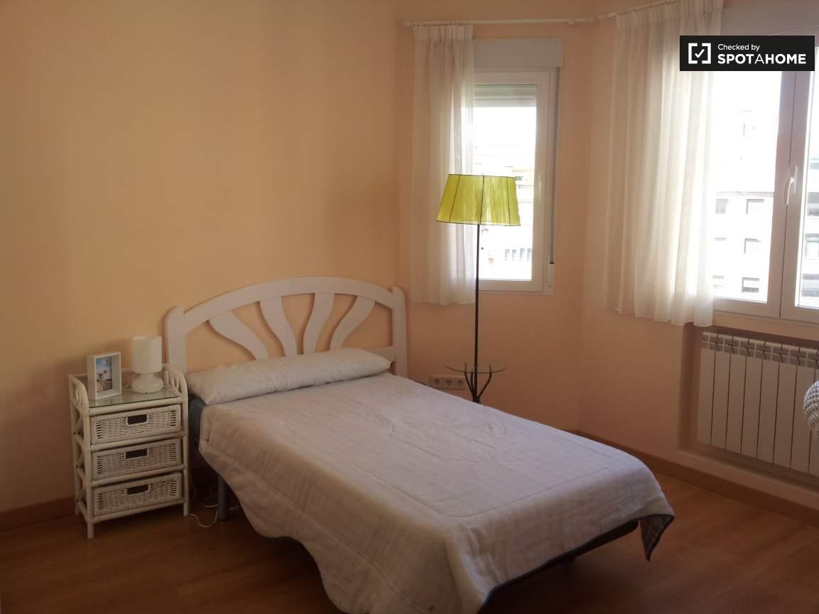 Bedroom 4 - Single bed