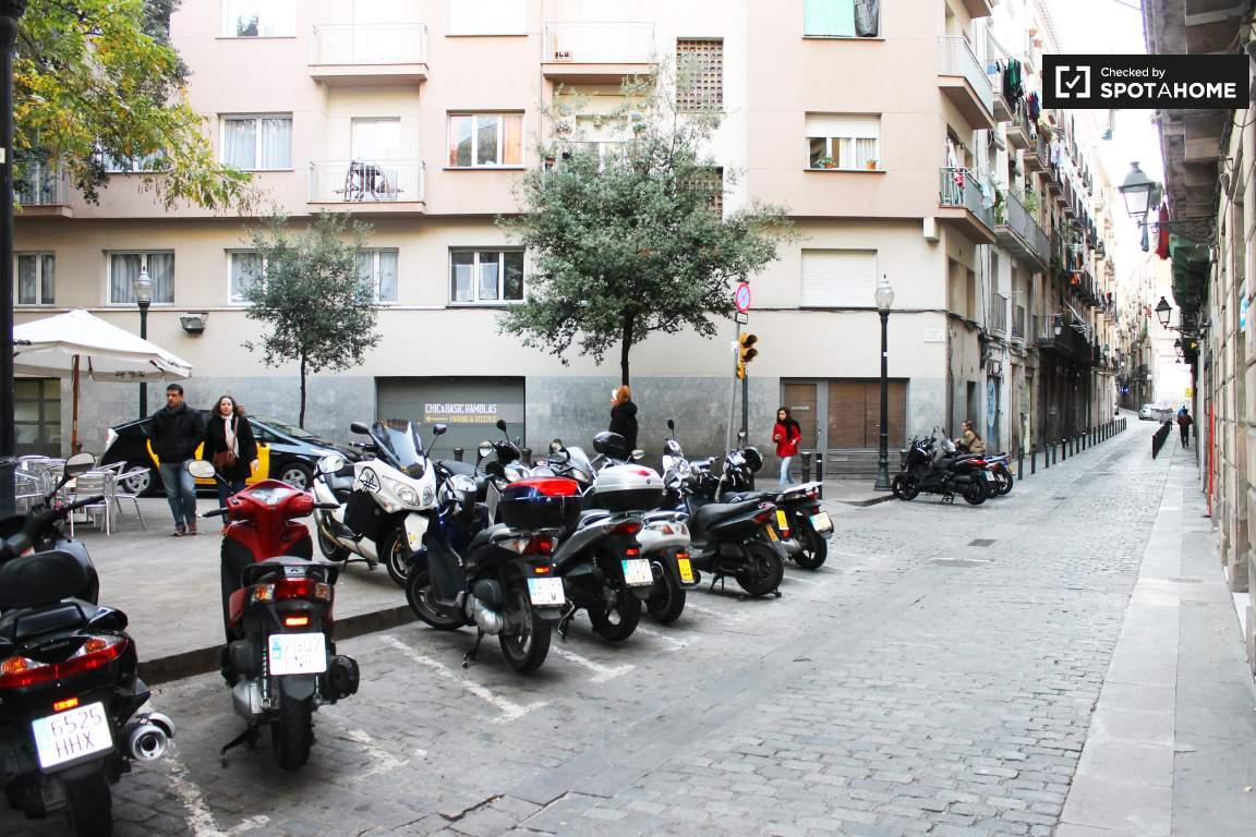 Street Montserrat