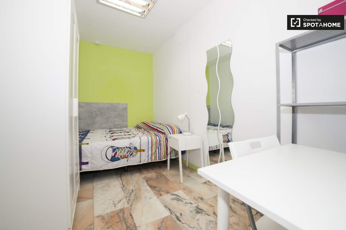 Bedroom 294