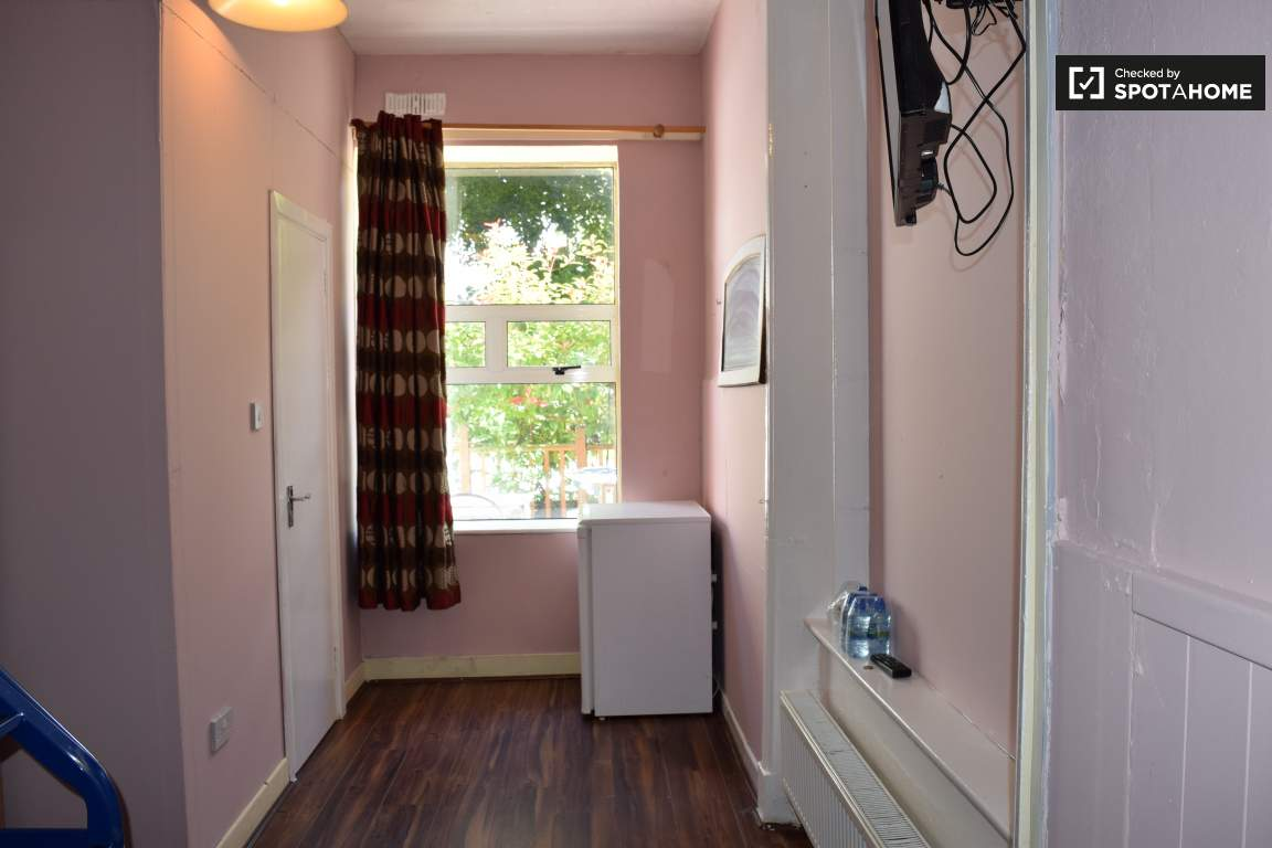 Bedroom 15