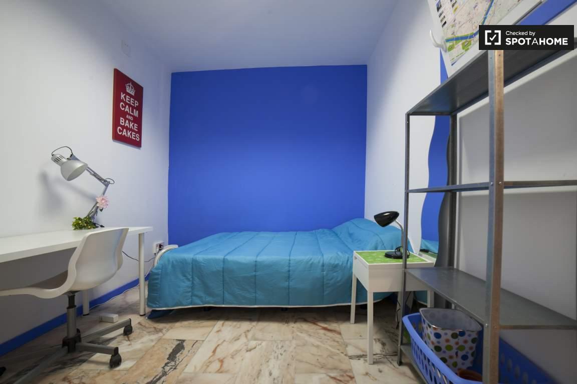 Bedroom 291