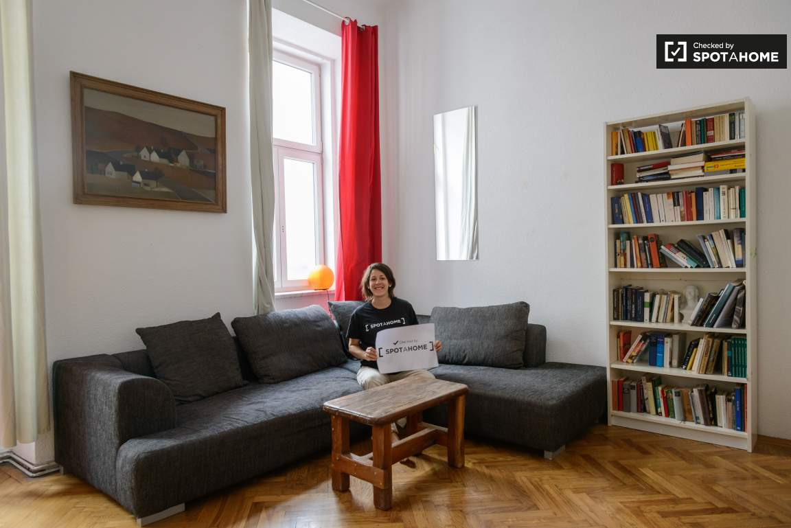 Checked by Maria Cristina from Spotahome