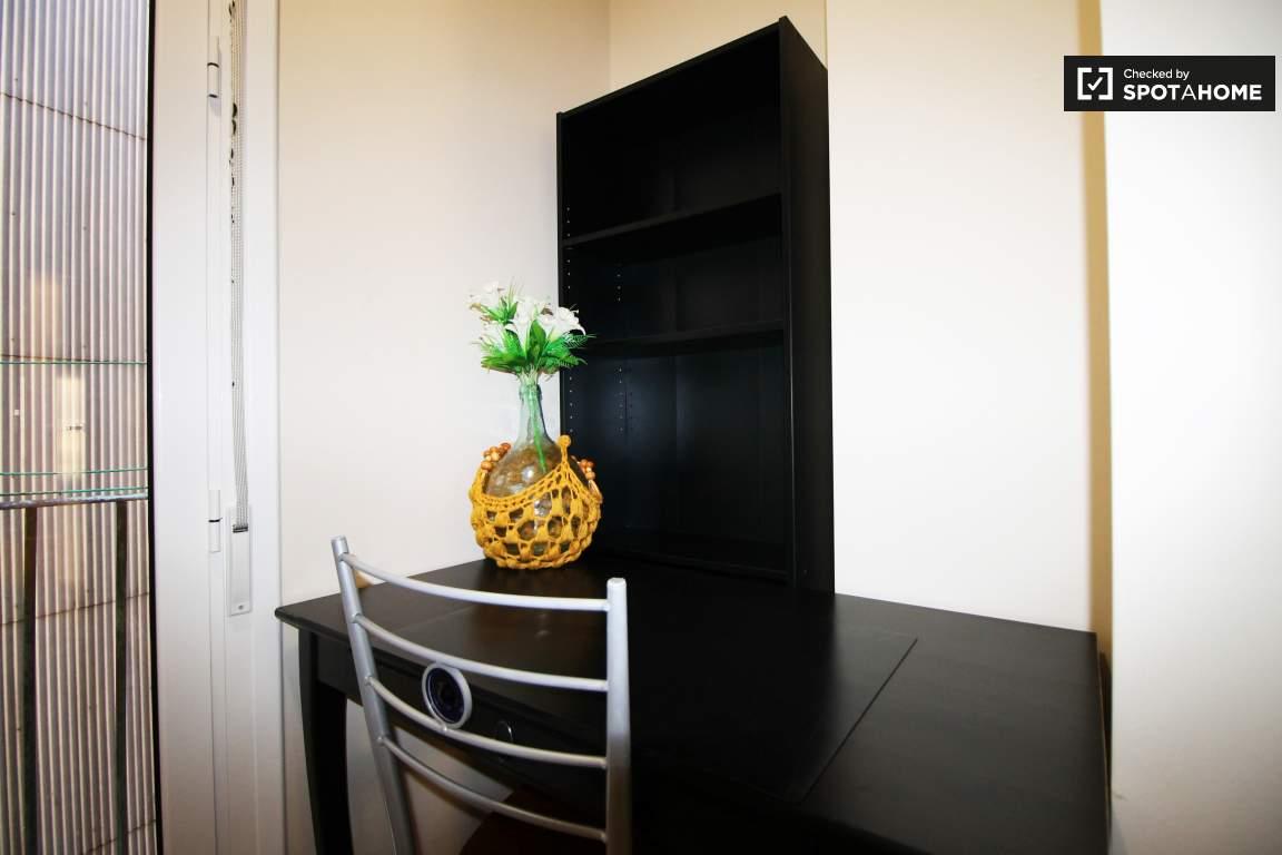 Bedroom 1 Desk